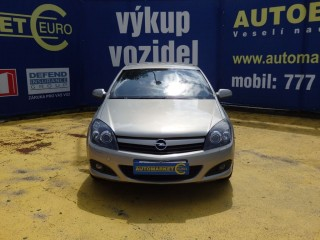 Opel Astra 2.0i GTC 125KW č.3