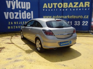 Opel Astra 2.0i GTC 125KW č.4