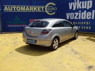 Opel Astra 2.0i GTC 125KW č.5