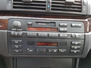 BMW Řada 3 325i 141KW č.13