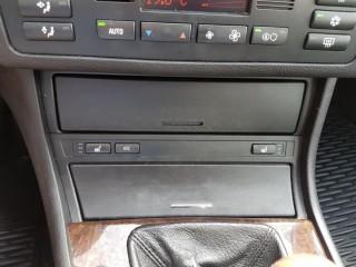 BMW Řada 3 325i 141KW č.14
