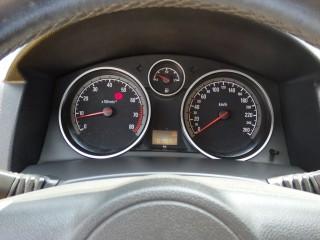 Opel Astra 2.0i GTC 125KW č.9