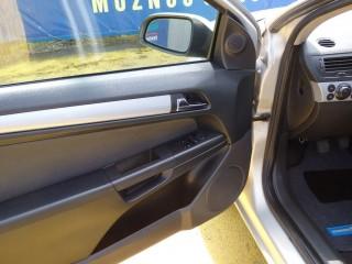 Opel Astra 2.0i GTC 125KW č.17