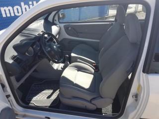 Volkswagen Lupo 1.0 MPi 37KW č.7