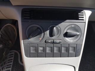 Volkswagen Lupo 1.0 MPi 37KW č.11