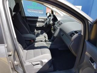 Volkswagen Touran 2.0 Tdi č.8