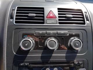 Volkswagen Touran 2.0 Tdi č.13