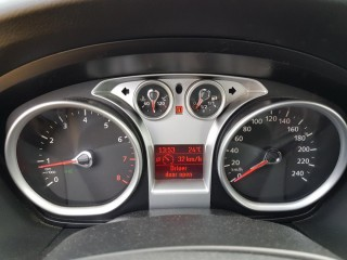 Ford Focus 1.6 74 Kw č.11