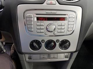 Ford Focus 1.6 74 Kw č.13