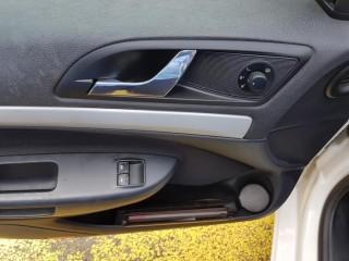 Škoda Octavia 1.6 Mpi č.12