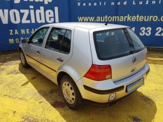 Volkswagen Golf 1.4 16v č.4