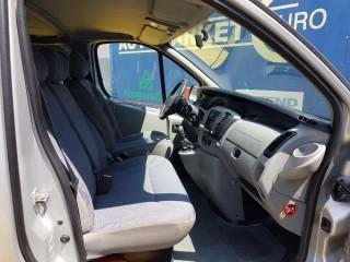 Renault Trafic 2.5 Tdci č.8