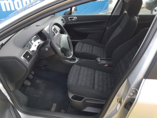 Peugeot 307 2.0 HDi Top Stav č.7