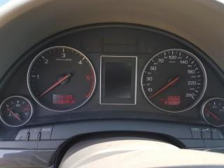 Audi A4 1.9 TDi č.11