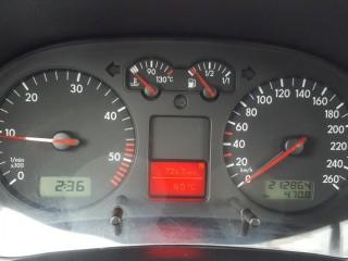 Volkswagen Golf 1.9 TDi 96KW 6-Kvalt č.11