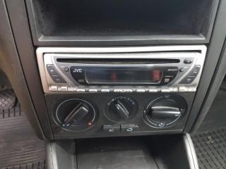 Volkswagen Golf 1.4 16V č.13