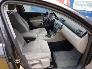 Volkswagen Passat 2.0 Tdi č.8