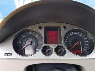 Volkswagen Passat 2.0 Tdi č.13