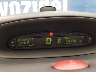 Citroën Xsara Picasso 1.6i 80KW 1. Majitel č.11