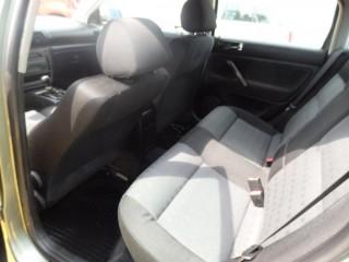 Volkswagen Passat 1.9 96Kw č.9