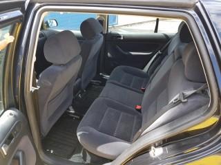 Volkswagen Golf 1.4 16v Klima č.9