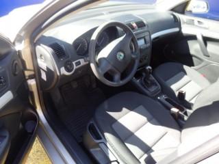 Škoda Octavia 1.6 MPi 1.Majitelka č.12