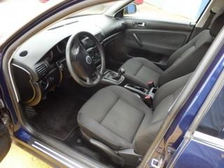 Volkswagen Passat 1.6i 75KW č.9