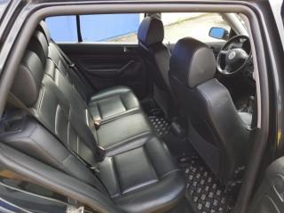 Volkswagen Golf 2.3 V5 č.9