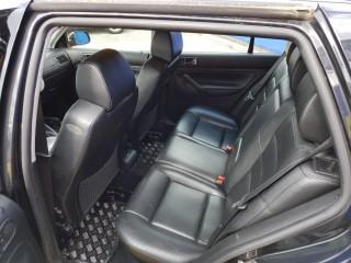 Volkswagen Golf 2.3 V5 č.10