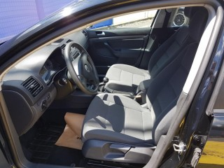 Volkswagen Golf 1.9 TDi č.7