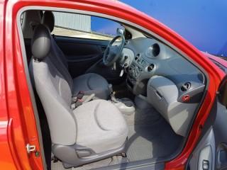 Toyota Yaris 1.0 VVT-I 50KW č.8