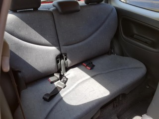 Toyota Yaris 1.0 VVT-I 50KW č.9