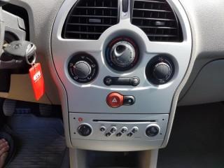 Renault Modus 1.2 16V 55KW č.12