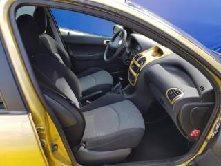Peugeot 206 1.4 č.7