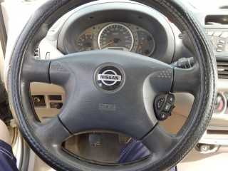 Nissan Almera Tino 2.2D č.7