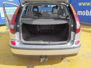 Nissan Almera Tino 2.2D č.15