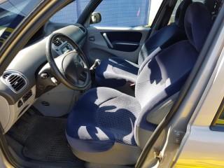 Citroën Xsara Picasso 1.8 16 v 100%Km č.6