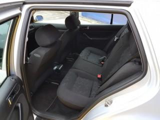 Volkswagen Golf 1.4i Eko Uhrazeno č.10