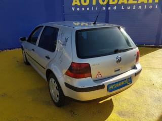 Volkswagen Golf 1.6 mpi č.4