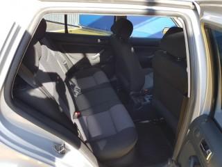Volkswagen Golf 1.6 mpi č.9