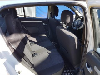 Dacia Sandero 1.5 DCi 63KW Bez DPF č.10