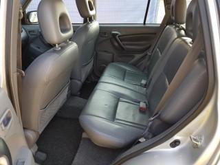 Toyota RAV4 2.0 VVT-i 110KW č.10