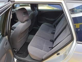 Toyota Avensis 2.0 TD 66KW č.10