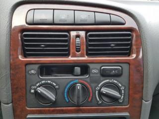 Toyota Avensis 2.0 TD 66KW č.12