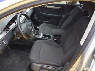 Volkswagen Passat 2.0 TDi 103KW 4-Motion č.7
