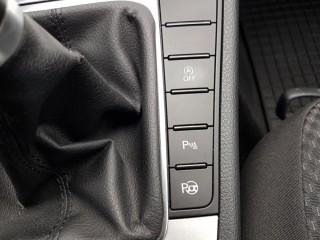 Volkswagen Passat 2.0 TDi 103KW 4-Motion č.13