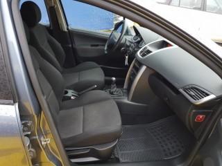 Peugeot 207 1.4i 70KW č.8