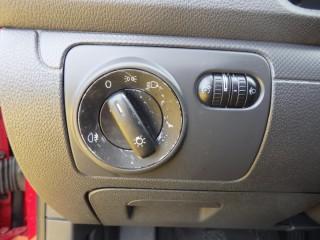 Volkswagen Golf 1.4 16V č.14