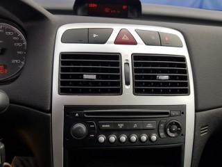 Peugeot 307 1.6i 65KW č.12