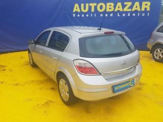 Opel Astra 1.6i 77KW č.4